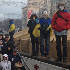 On Kiev's streets, anti-government protesters see long game ahead